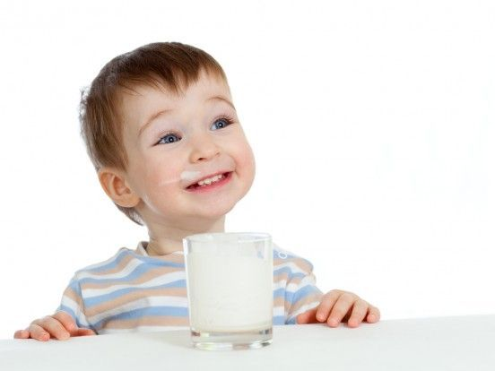La leche no produce mocos